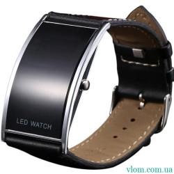 Чоловічий наручний годинник спортивний LED