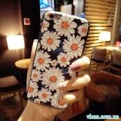 Чохол об'ємні ромашки на Iphone 7/8 PLUS