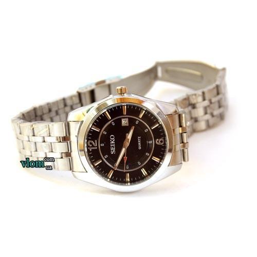 Чоловічий металевий годинник Seiko Classic